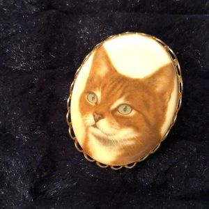 Vintage Quirky Cat Pin